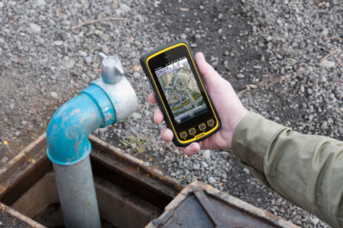 Trimble Juno 5 Handheld Scanner in action