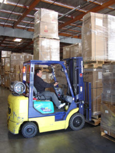 warehouse-forklift-1439915